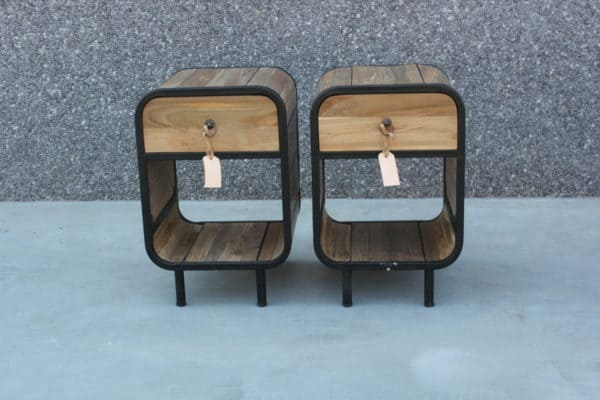 recycled teak nachtkastjes lade open 40x40x60h. €175 (2)