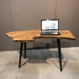 wortelteak bureau